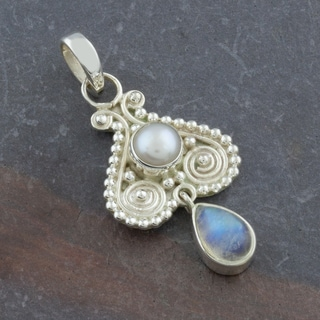 Moonstone, Freshwater Pearl Sterling Silver Pendant (India)
