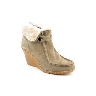 White Mountain Women's 'Ingle' Regular Suede Boots