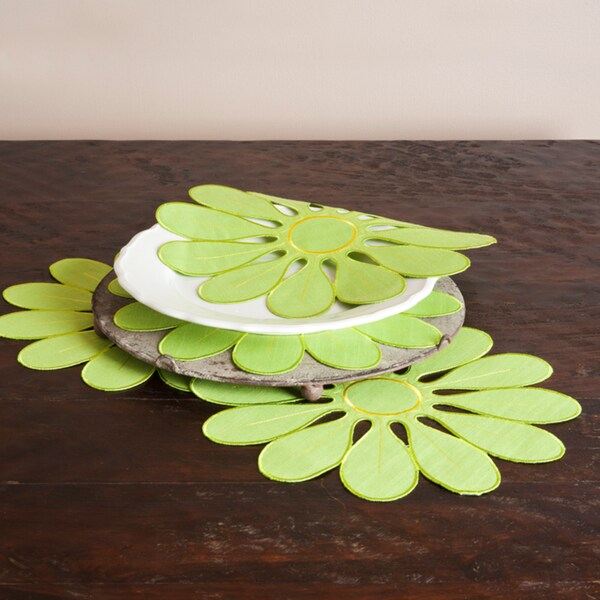 Flower Lime Design Doilies (Set of 4)