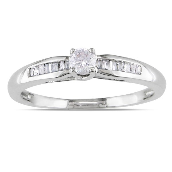 Miadora Sterling Silver 1/4ct TDW Round-cut Diamond Promise Ring (H-I, I2-I3)