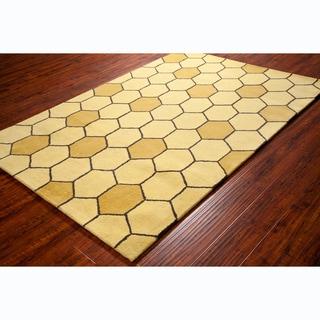 Allie Handmade Honey Comb Design Wool Rug (5' x 7'6)