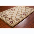 Allie Handmade Floral Cream Wool Rug (5' x 7'6)