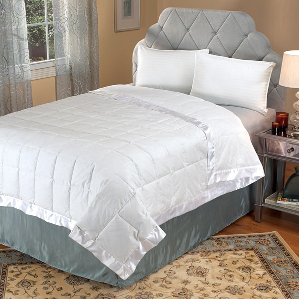 Remmy's Good Night Oversized 300 Sateen Down-Like Blanket