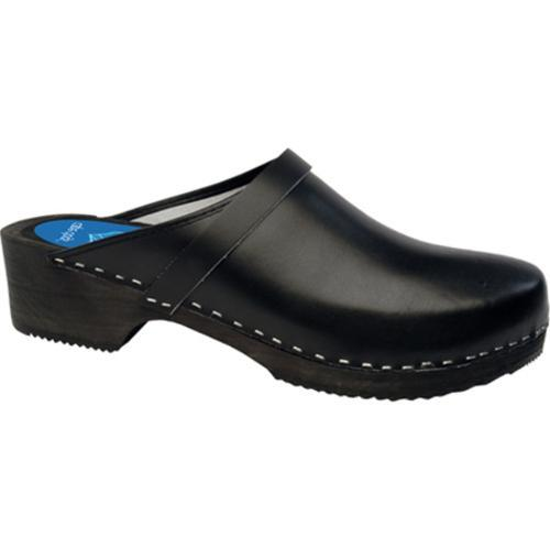 Cape Clogs Solids Jet Black