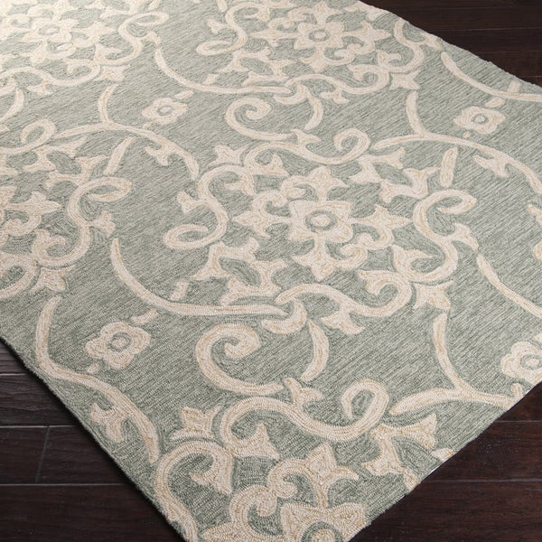Hand-hooked Galveston Green Indoor/Outdoor Floral Rug