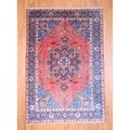 Persian Hand-knotted 1960's Heriz Red/ Navy Wool Rug (7'6 x 10'9)