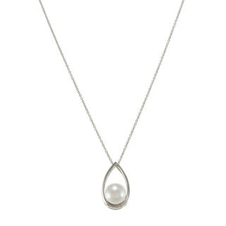 Sterling Silver White Freshwater Pearl Necklace (8-8.5 mm)
