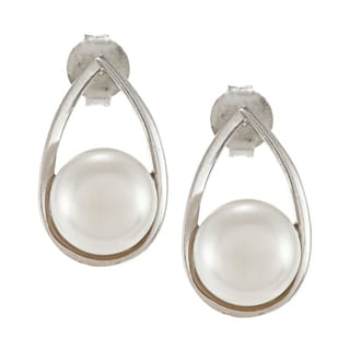 Sterling Silver White Freshwater Pearl Earrings (8 mm)