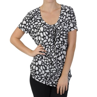 Journee Collection Women's Contemporary Plus Short-sleeve Print Shirt