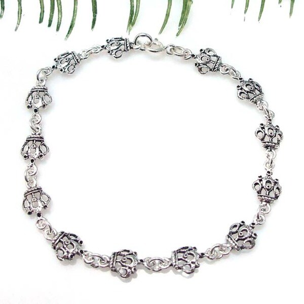 Petite Royal Crown Link Sterling Silver Bracelet (Thailand)