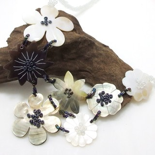 Abstract Snow Flowers Mix Shells Beaded Necklace (Philippines)