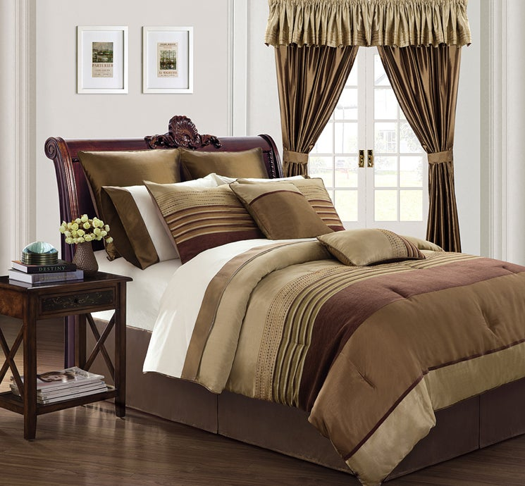 EverRouge Sonata 24-piece Bed in a Bag with Sheet Set