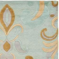Safavieh Handmade Soho Passage Light Blue New Zealand Wool Rug (5'x 8')