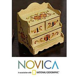 Handcrafted Wood &#39;Passion Flower&#39; Jewelry Box (Peru)