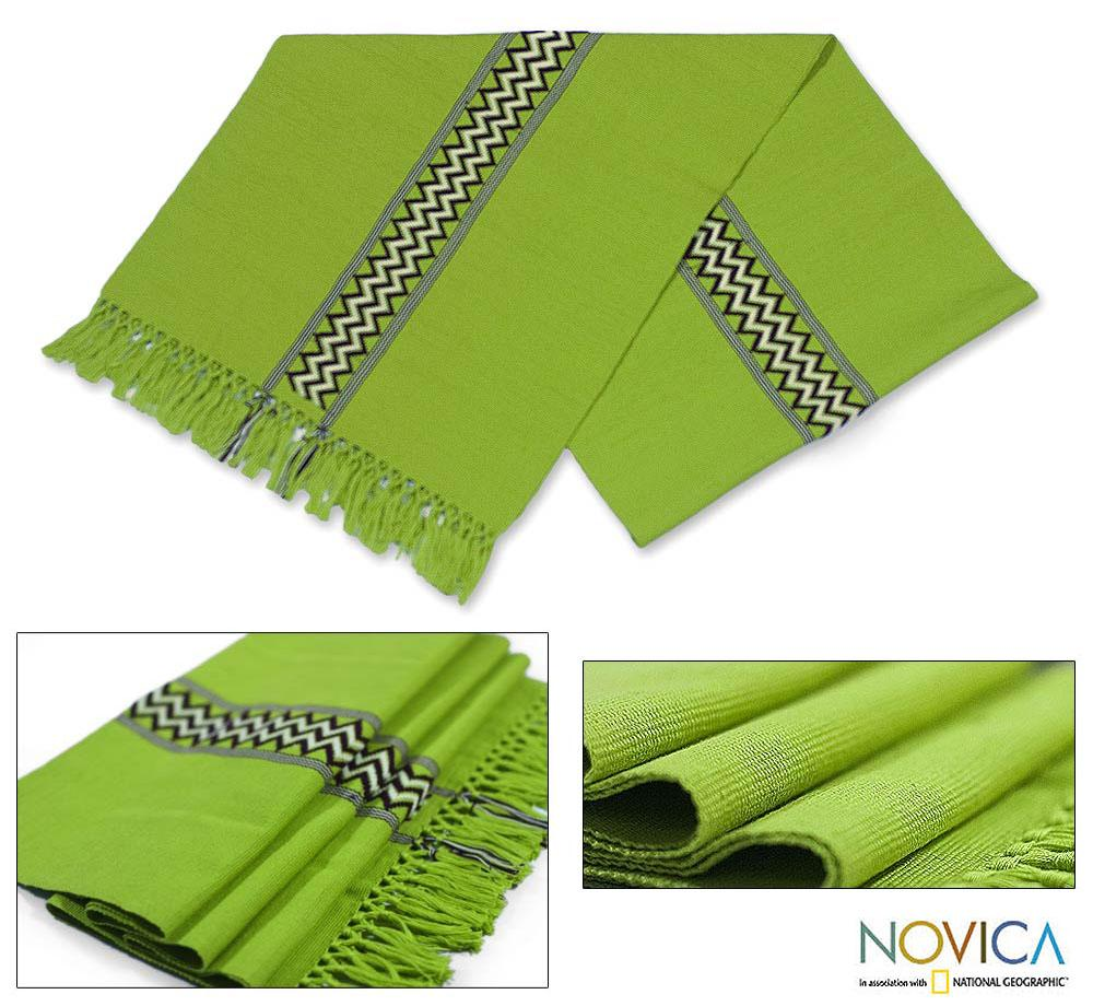 Handcrafted Cotton 'Lime Tree' Table Runner (Guatemala)