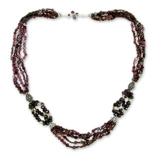 Sterling Silver 'Scarlet Desire' Garnet Necklace (India)