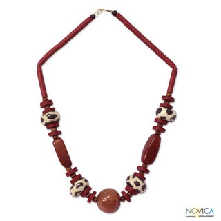 Handcrafted Agate and Bone 'Taoure' Beaded Necklace (Ghana)