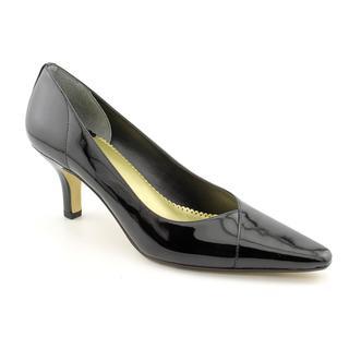 Bella Vita Women's 'Wow' Patent Leather Dress Shoes - Wide (Size 9)
