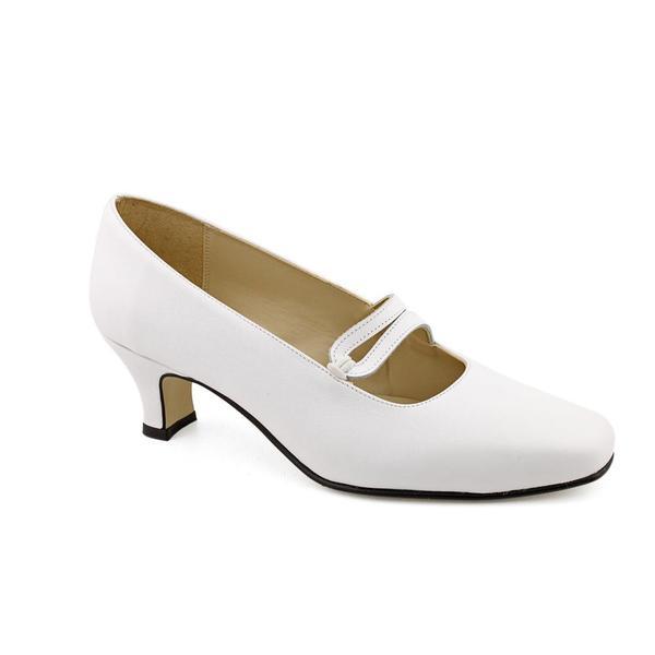 Daisy Women's 'Elizabeth' Synthetic Dress Shoes - Wide (Size 10)