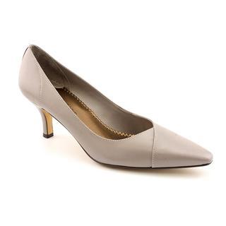 Bella Vita Women's 'Wow' Leather Dress Shoes - Wide (Size 9)