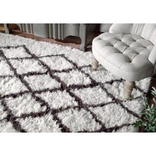 nuLOOM Handmade Moroccan Trellis Ivory Shag Wool Rug