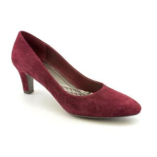 Easy Spirit Women's 'Quota' Regular Suede Dress Shoes