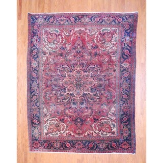 Persian Hand-knotted 1940's Heriz Rust/ Ivory Wool Rug (8' x 10'5)