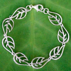 Handcrafted Sterling Silver 'Vitality' Bracelet (Thailand)