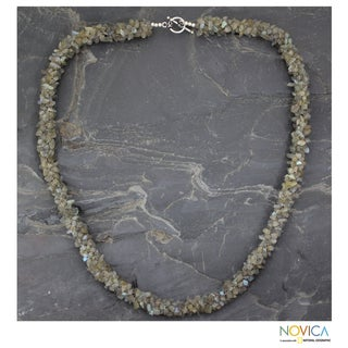 Handcrafted Labradorite 'Sensuous' Long Beaded Necklace (India)