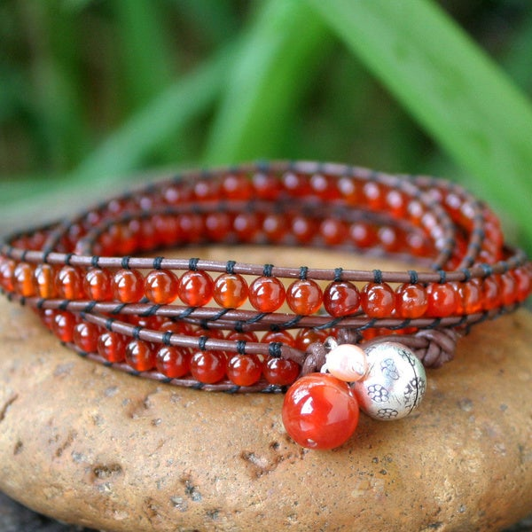 Silver 'Vibrant Hope' Carnelian and Pearl Bracelet (4 mm) (Thailand) 10319102
