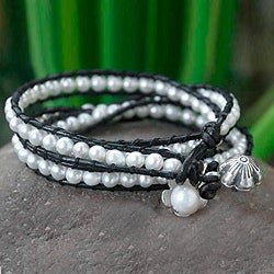 Silver 'Chiang Rai Clouds' Cultured Pearl Bracelet (6-7 mm) (Thailand)