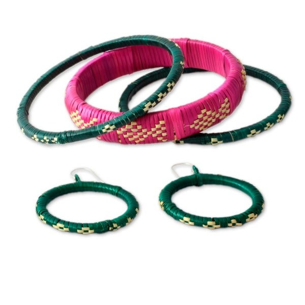 Handcrafted India Grass 'Festive India' Jewelry Set (India)