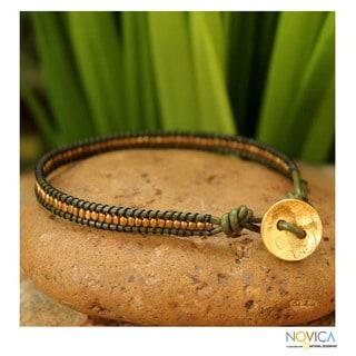 Handcrafted Gold Overlay 'Golden Olive' Leather Bracelet (Thailand)