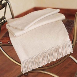 Alpaca 'Cozy Beige' Throw (Peru)