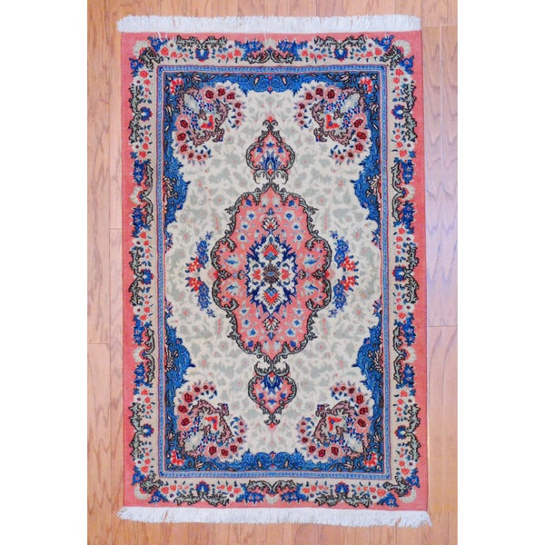 Persian Hand-knotted Tribal Tabriz Ivory/ Peach Wool Rug (3' x 4'7)