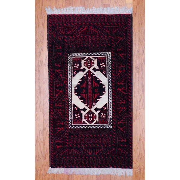 Persian Hand-knotted Tribal Balouchi Ivory/ Red Wool Rug (3' x 5'2)