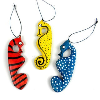 Handmade Holiday Ornament Set of Three Seahorses (Mozambique)