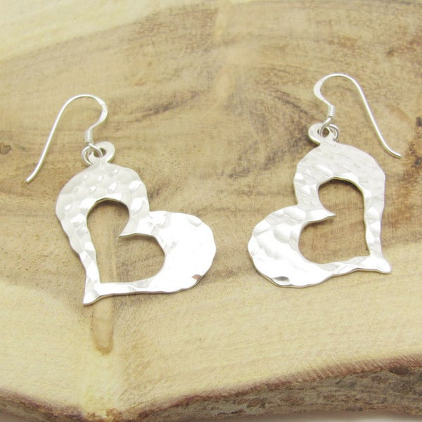Trendy Curvy Hammered Heart .925 Silver Earrings (Thailand)
