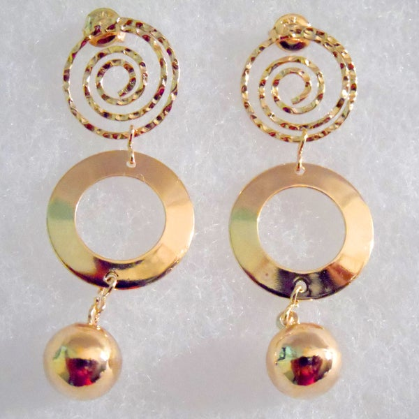 18k Gold Circle and Ball Stud Earrings