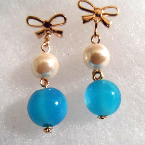 18k Gold Blue and and White Faux Pearl Earrings