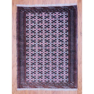 Persian Hand-knotted Tribal Balouchi Ivory/ Black Wool Rug (3'4 x 4'7)
