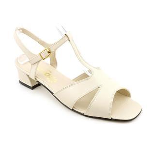 Daisy Women's 'Sylvie' Leather Sandals
