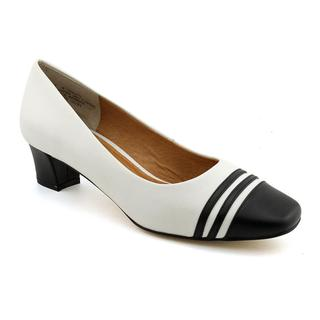 Auditions Women's 'Classy' Leather Dress Shoes