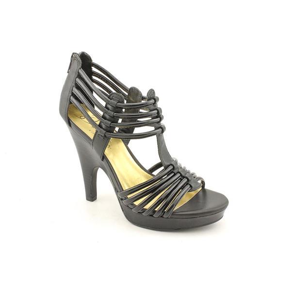 Fergie Women's 'Krown' Leather Dress Shoes