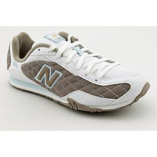 New Balance Women's 'CW442' Mesh Athletic Shoe (Size 5)