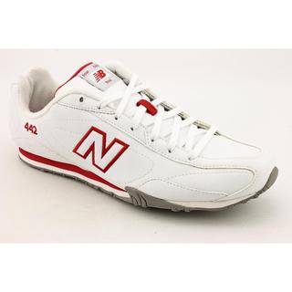 New Balance Women's 'CW442' White/Red Leather Athletic Shoe - Wide