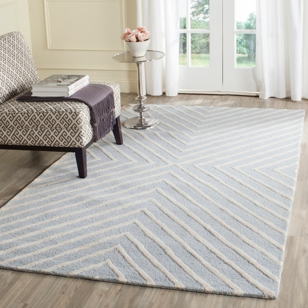 Safavieh Handmade Cambridge Moroccan Light Blue Wool Rug with Cotton Canvas Backing