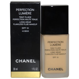 Chanel Perfection Lumiere Beige Foundation