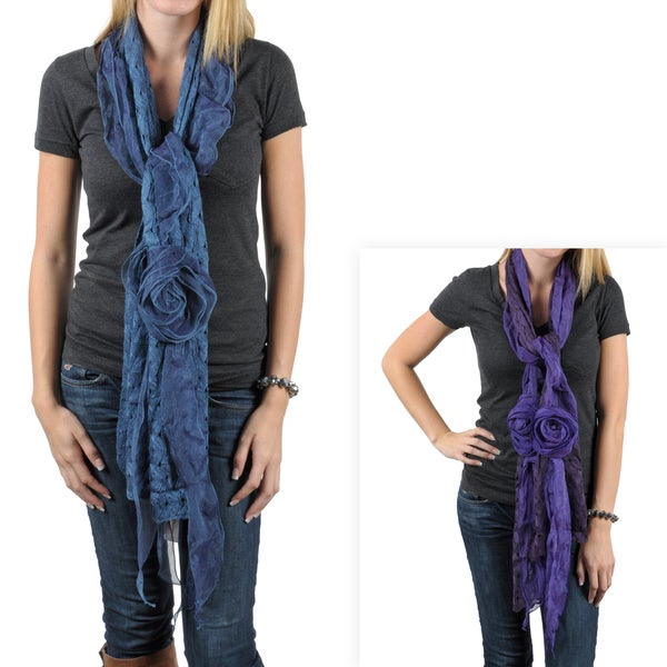 Hailey Jeans Co. Women's Rosette Detail Crochet Scarf