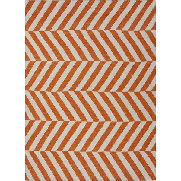 Handmade Flat Weave Stripe Red/ Orange Wool Rug (5' x 8')